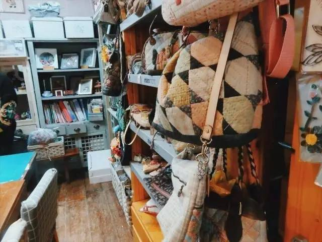 Fabric work area in Pushu in Changzhou's Canal 5